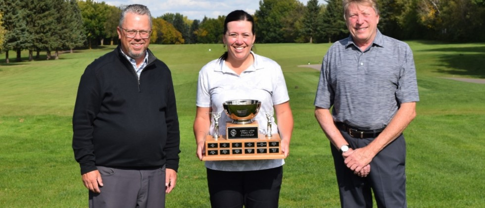 Rogers Rolls to Repeat at 2019 Ladies' Championship